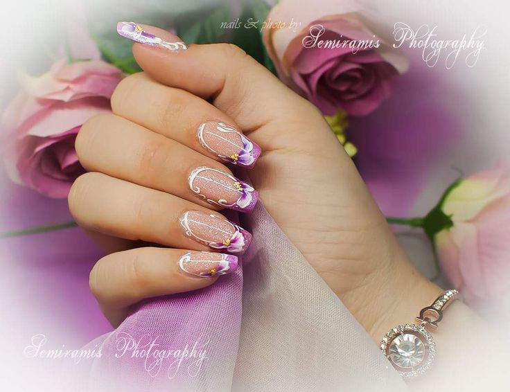 French nails purple free edge, one move flowers