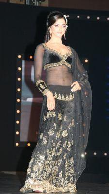Deepika Lehenga Black Om Shanti Om