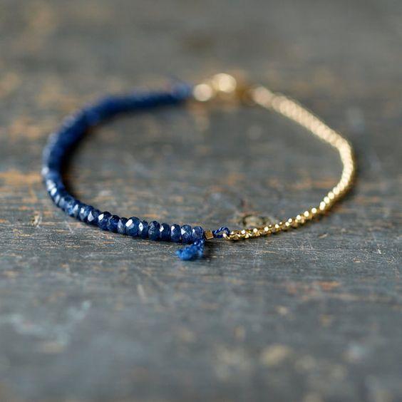 Blauer Saphir Perlen Armband Edelstein-Armband von ShopClementine
