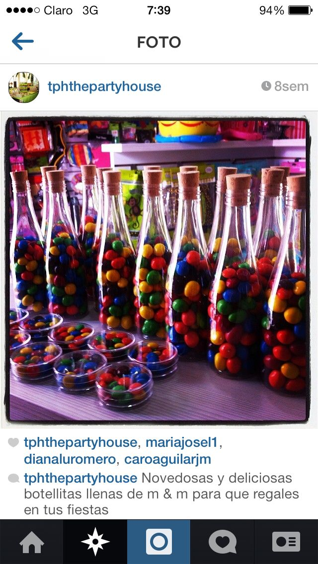 Botellas con m&m de colores