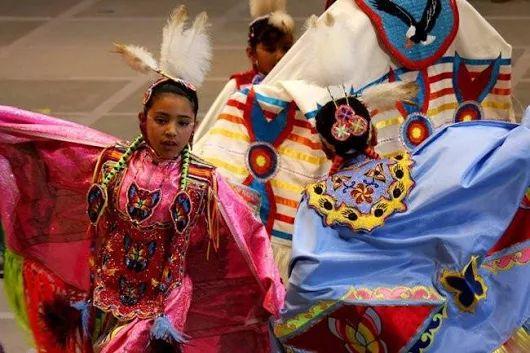 The Art of Native Regalia By Kim | Facebook