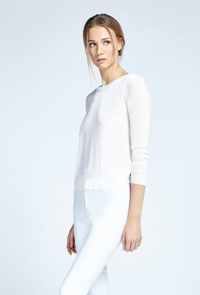 Noel Asmar Fashion, Asymmetrical Sweater in White. Spring 17. Soft knit top with a creative twist.