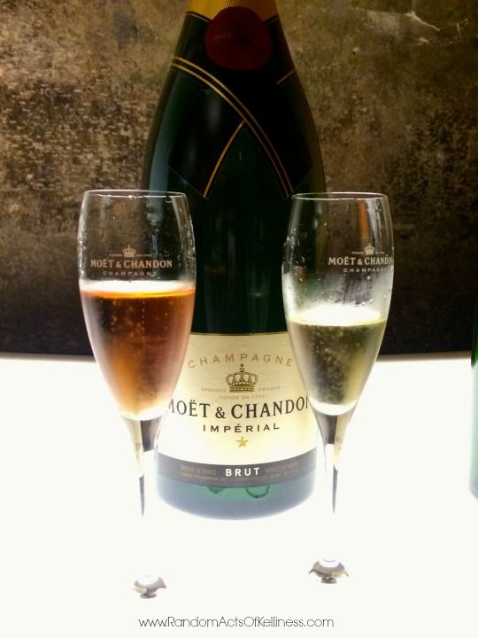 7 Tips for a Day Trip to Champagne from Paris | http://www.randomactsofkelliness.com/7-tips-day-trip-champagne-paris/