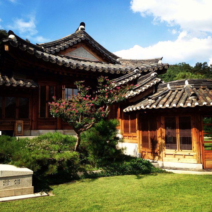 Korean Furniture Museum In Seongbuk Dong