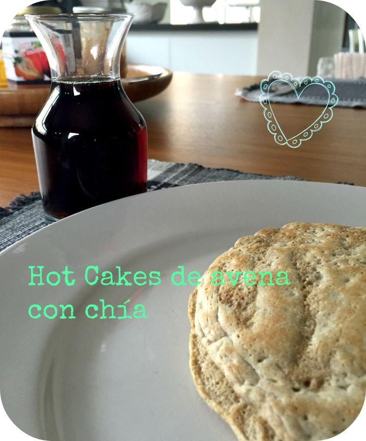 Para del desayuno de hoy, quise hacer algo muy rico... y cuando pienso en algo muy rico para desayunar, lo primero que viene a mi mente son unos deliciosos Hot Cakes, pero no los quería hacer como ...