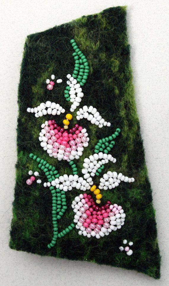 LADY'S SLIPPER bead & felt pin kit by JoWoodBeadArt on Etsy, $29.00