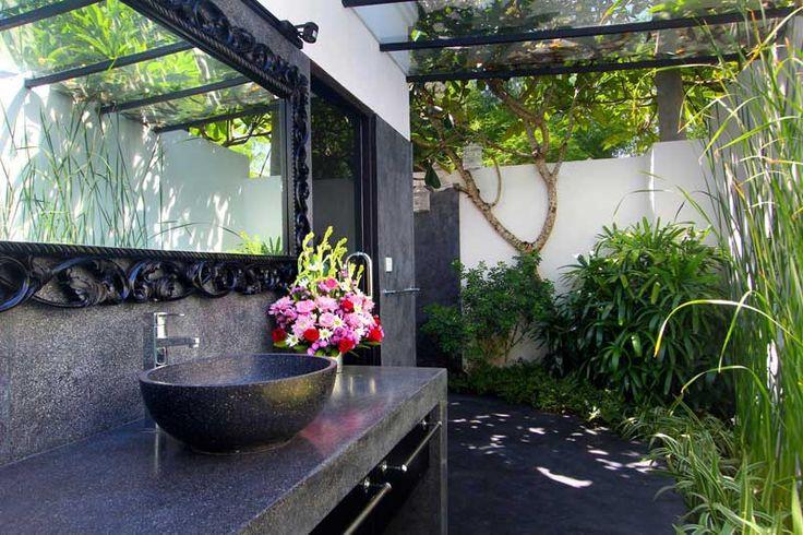 #Salledebain ensuite avec #jardin #tropical, à la #Balinaise.