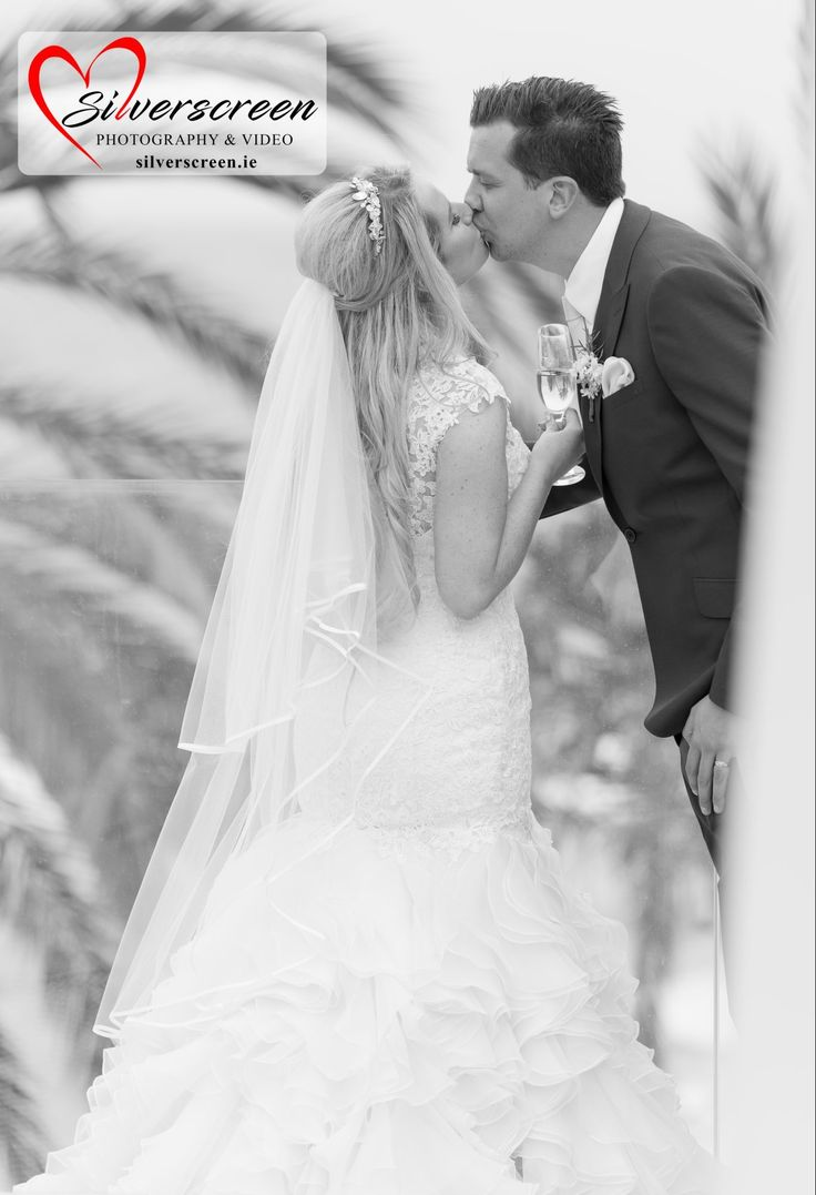 Bride and Groom - Gran Melia Don Pepe Kiss
