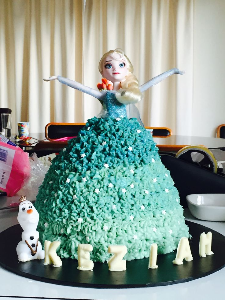 Elsa ombré cake
