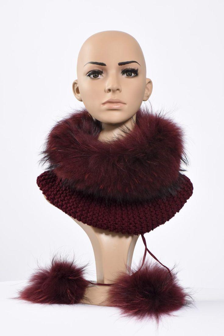 Πλεκτά με γούνα : Burgundy neck warmer and hat