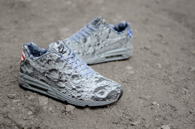 "Nike Air Max Lunar90 SP ""Moon Landing"""
