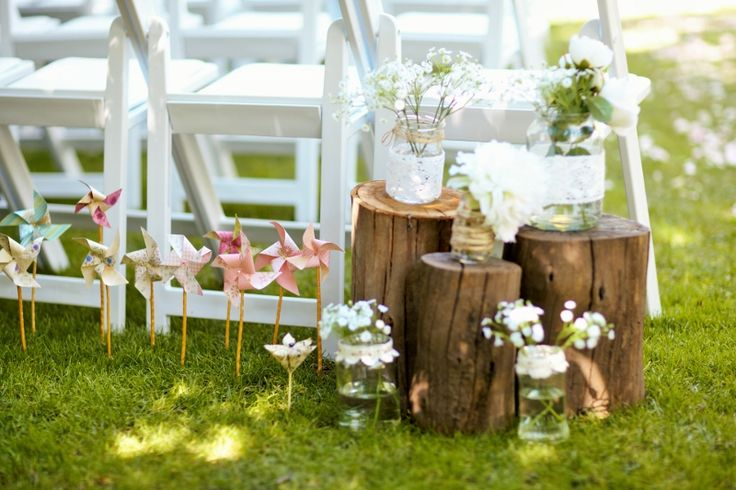 Gorgeous  DIY pinwheels and garden decorations by Lisette @ Chateau Dore Winery