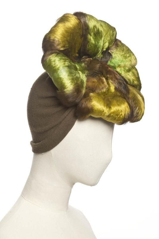 chapeau modiste Caroline Reboux, 1938-40   Centre de documentation des musées - Les Arts Décoratifs