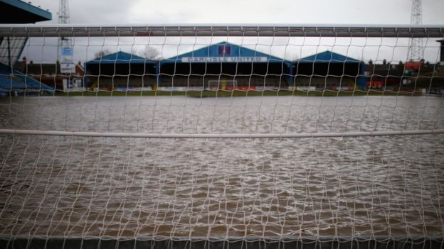 Carlisle United's Brunton Park pitch was deluged by flood waters, and Preston North End offered their ground to fulfill and host Carlisle's 'home' 3-0 win over Notts. County