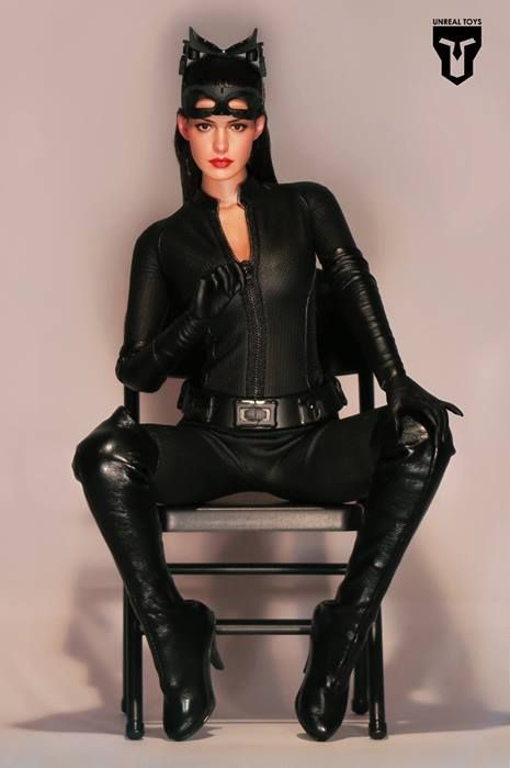 Catwoman Hot Toys Tweaked By Unreal Toys Sixth Scale