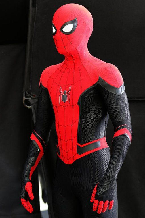 Hq Image Of Spider Man S New Suit For Far From Home Spiderman Marvel Spiderman Spiderman Costume