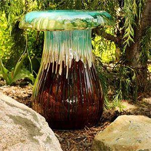 Mushroom Garden Stool THIS Is Darling!