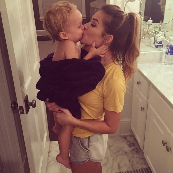 "76.5k Likes, 318 Comments - Jessie James Decker (@jessiejamesdecker) on Instagram: ""This boy has stolen my heart"""