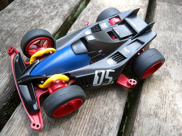 MINI 4WD POSEIDON-X http://www.flickr.com/photos/5thluna/tags/poseidonx/