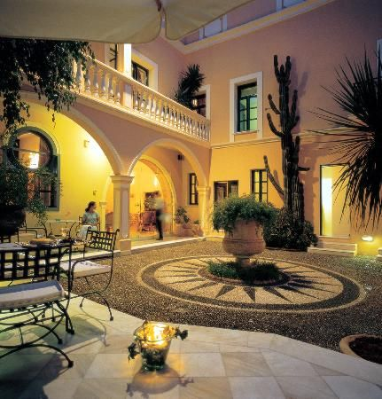 Casa Delfino Hotel  Spa: Hania Creta - We have returned after 3 years since our last visit.