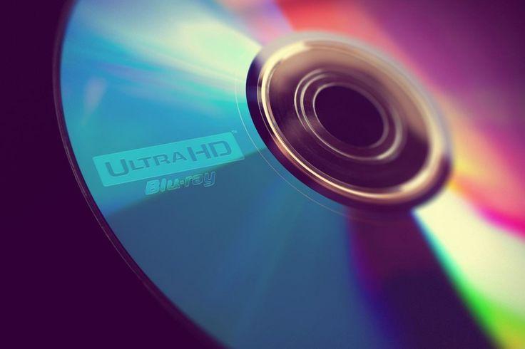 """Blu-ray UltraHD: è stato craccato l'AACS 2.0? A meno di un anno dal debutto sul mercato del Blu-ray Ultra HD è comparsa su alcuni siti di file sharing una copia 1:1 de """"I Puffi 2"""". E' stato dunque violato il nuovo sistema AACS 2.0? Dalle prime testimonianze parrebbe proprio di si."""