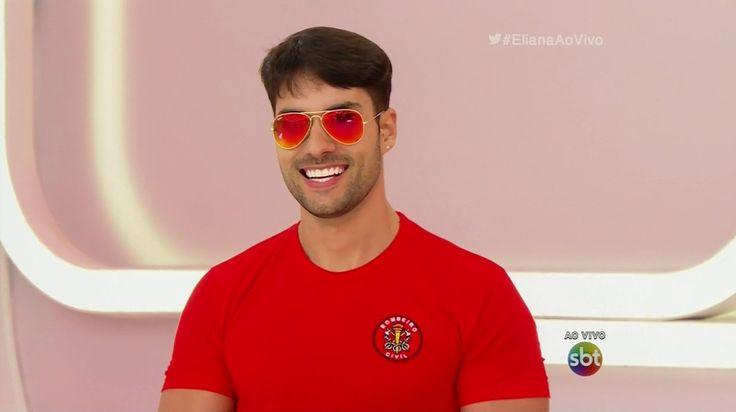 """Bruno Camargo, o bombeiro do programa """"Eliana"""" (Foto: Reprodução/SBT)"""
