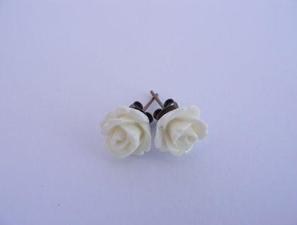 White resin rose earrings