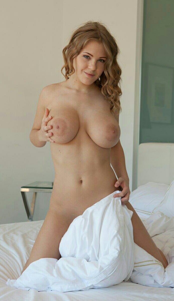 annie hughes naked pics
