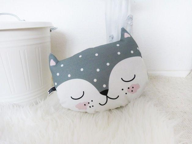 Kissen - Katzenkissen, dunkelgrau - ein Designerstück von Mascha-W bei DaWanda