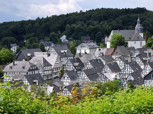 Duitsland sauerland 11 sauerland 73248637s 500 for Designhotel sauerland