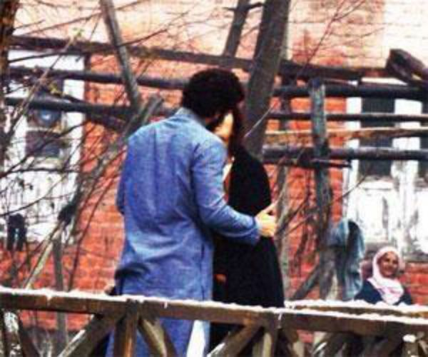 Steamy Lip-Lock Scene in Fitoor between Katrina Kaif and Aditya Roy Kapur!