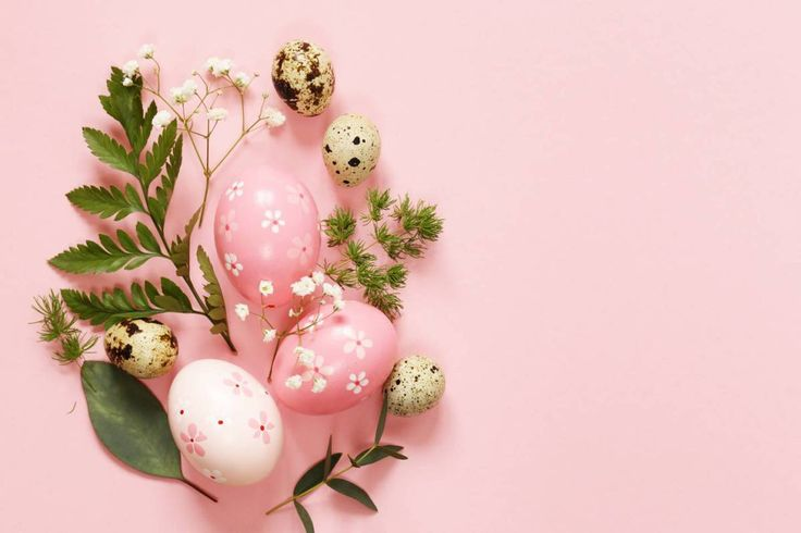 La Pascua se celebra el domingo siguiente a la luna llena de primavera. El equinoccio de primavera es el 20 de marzo, así que la Pascua es como muy pronto el 22 de marzo y como muy tarde el 25 de a…