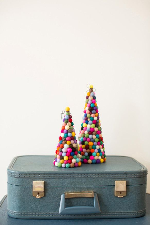 オリジナル フェルトボール クリスマスツリー Lサイズ