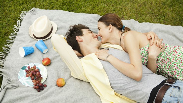 50 Creative Date Ideas to Try ThisSpring | StyleCaster