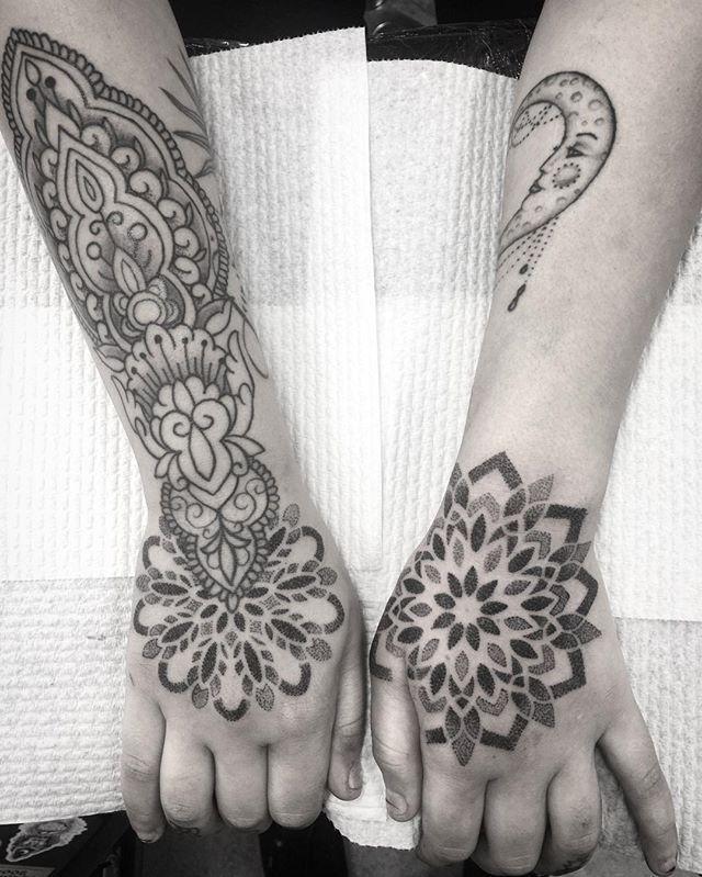 WEBSTA @ aaron.j.tattoos - Thanks again Renee😊✌🏼️ arm healed hands fresh 📧 aaronjtattoos@gmail.com #mandala #mandalas #mandalaart #dotwork #blackwork #linework #pattern #tattoo #tattooart #perth #foothillstattoobyford #darkartists #blackworkerssubmission #btattooing #blacktattooart #girlswithtattoos #stippling #tattoos #henna #sacredgeometry #equilattera #onlyblackart #blxckmandalas #txttoo #tattoodo