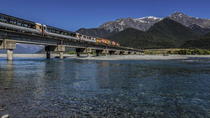 TranzAlpine crossing the Waimakariri River