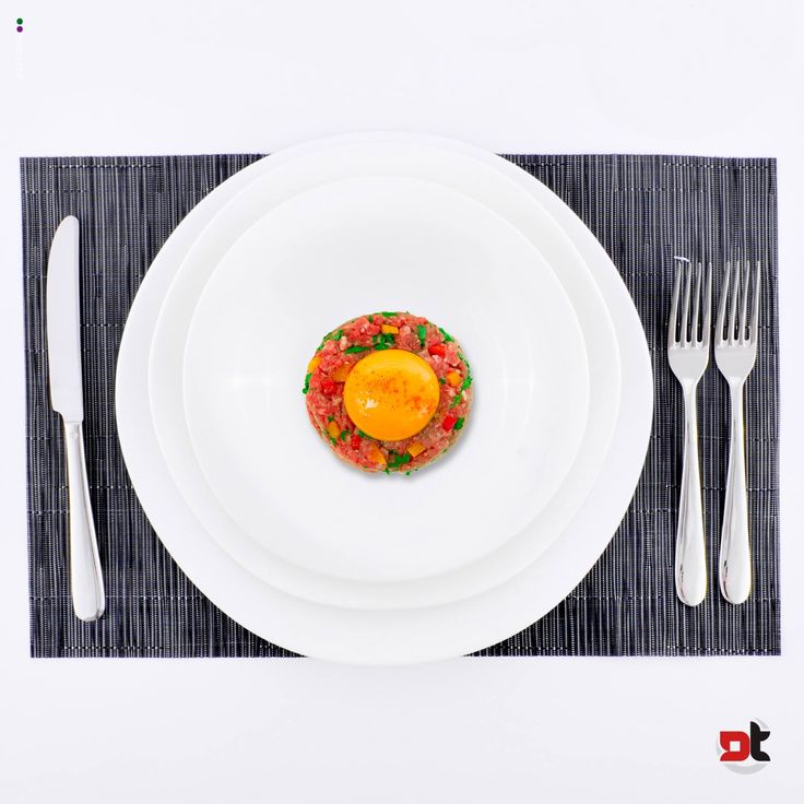 Un pranzetto veloce, fresco, prima di correre in spiaggia. Colora la tua tavola e goditi il piacere del cibo con Detertecnica.
