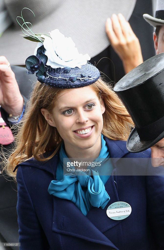 Princess Beatrice looks at horses in the Parade ring on Ladies Day at Royal Ascot at Ascot Racecourse on June 14, 2011 in Ascot, United Kingdom.  (Photo by Chris Jackson/Getty Images)