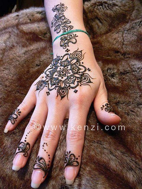 henna (okay, not a tattoo but its gorgeous) i love it