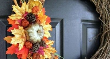 Decorate your door in autumn with these ideas