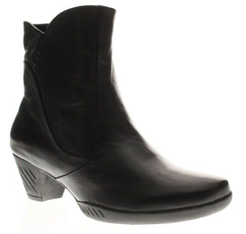 Yale Women's Black Leather Boot 38 M EU