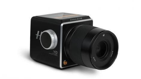 Photokina 2016: Hasselbald reveals its vision of a modular 75MP medium format camera Read more Technology News Here --> http://digitaltechnologynews.com Hasselblad has introduced some big innovations this year between the 100MP H6D-100c and its first mirrorless medium format camera the X1D but it's not done yet and it's teasing it's next big creation.  Meet the V1D. It's only a concept for now at Photokina 2016 but Hasselblad has some big ambitions to make it the modular square format camera…