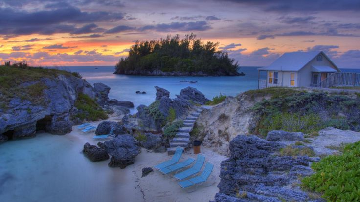 #BeachHouse #Bermuda Or maybe this one, little more understated?