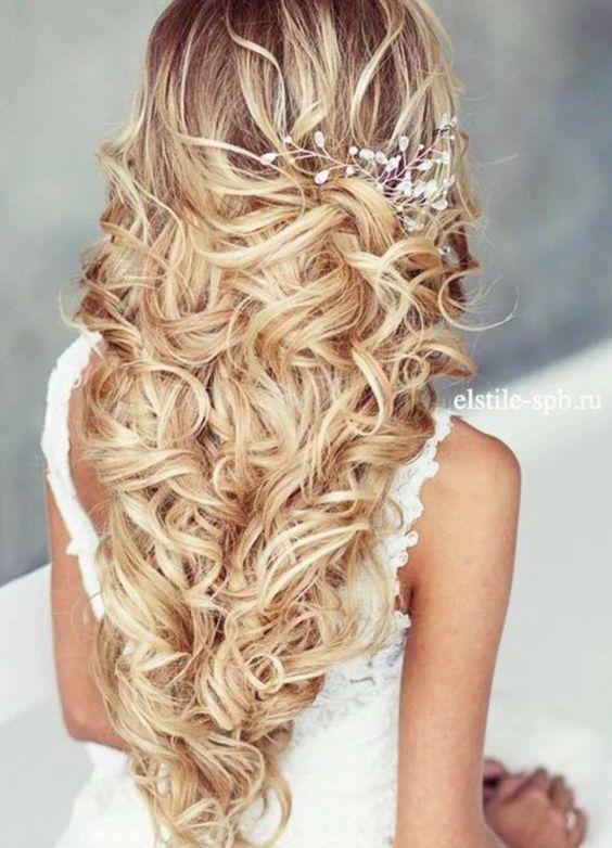 Best Wedding Hairstyles : Featured Hairstyle: Elstile; Wedding hairstyle idea.