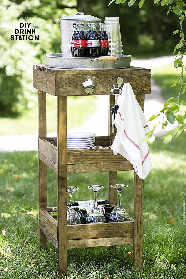 DIY Drink Station for your summer entertaining! Full tutorial (with pictures) at livelaughrowe.com