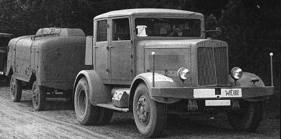 Hanomag SS-100 Tractor