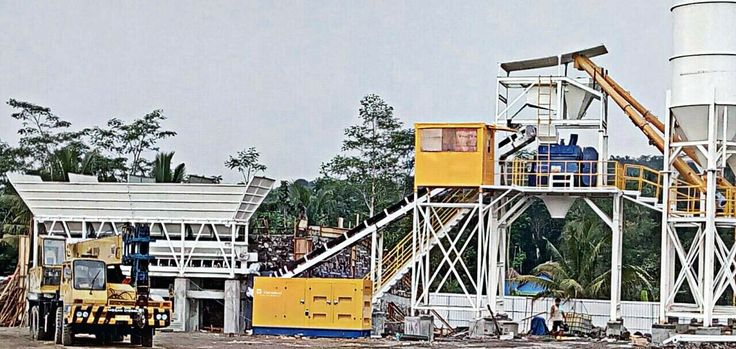 Panorama photo of Cummins 350 kva Silent Generator on site batching plant. #taneko #genset #cumminspower #cummins #batchingplant #concrete #industrial #generator #industry #construction #instalike #instapict #landscape #panorama