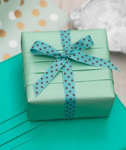 33 best art of giftwrapping images on pinterest. Black Bedroom Furniture Sets. Home Design Ideas