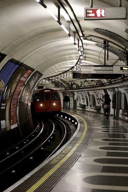 Estación de metro, Londres Inglaterra