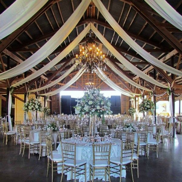 10 Beautiful Barn Wedding Venues Deep In The Heart Of Texas